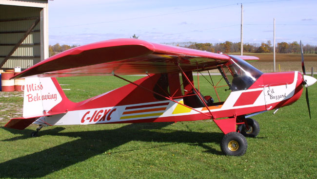 Two Place Ultralight Aircraft http://www.ultralightnews.ca/lilbuzzard/bareboneskit.html